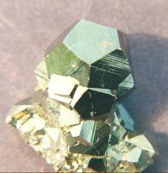 pyrite_really_cubes_molecular